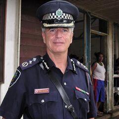 Комиссар полиции Соломоновых островов Питер Маршалл.