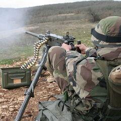 Пулемётчик Французского Иностранного легиона.