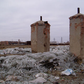 Так выглядят ворота Степлага в поселке Кенгир через полвека после восстания.