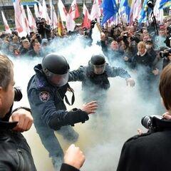 События 19 января 2014 года на Грушевского.