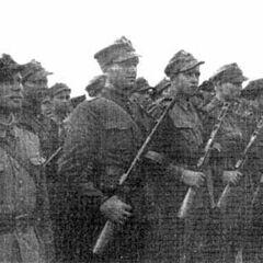 Построение солдат 1-ой армии в учебном центре.