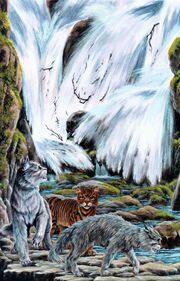 Ураган, Ежевика и Ласточка у горного водопада, Восход луны золото