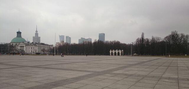 Plik:Plac Piłsudskiego.JPG