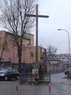 Radzymińska, Śnieżna (krzyż przydrożny)