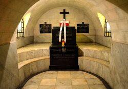 Grób Gabriela Narutowicza Katedra Św. Jana