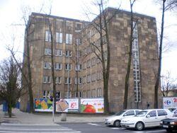 Żwirki i Wigury (budynek nr 105) 2