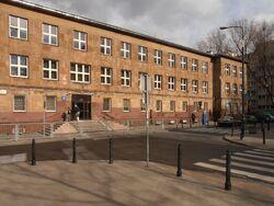 Skorupki (budynek nr 8, szkoła podstawowa nr 203)