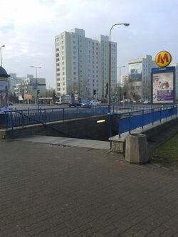 Wejscie Metro Imielin (by BartekBD)