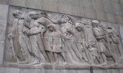 Pomnik Bohaterów Getta (tył)