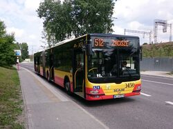 512 (Metro Stadion Narodowy)