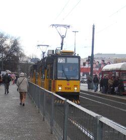 Plac Bankowy (tramwaj 75)