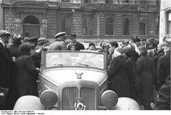 Rozdawanie niemieckich ulotek