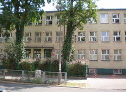 Kowieńska (nr 12-20, szkoła)