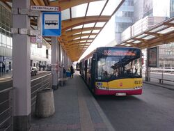 525 (Dworzec Centralny)