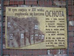 Tablica upamietniajaca Karczme Ochota