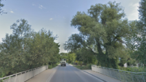 Ulica Tuzinowa, most nad Wilanówką