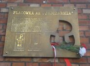 Hoża (nr 51, tablica pamiątkowa, powstanie warszawskie,)