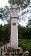 Cmentarz w Aleksandrowie (Zlotej Jesieni, kwatera wojenna, pomnik)