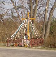 Olesin, Kobiałka (krzyż)