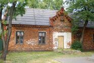 Plowiecka (budynek nr 75-77, Murowanka)