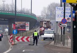 Wał Miedzeszyński (zamknięty wjazd na Most Łazienkowski)