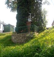 Nowoursynowska (kapliczka na tyłach nr 58h)