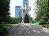 Pomnik Janusza Korczaka w Śródmieściu