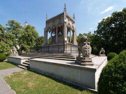 800px-Warsaw Wilanow Potocki mausoleum