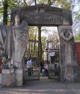 Cmentarz Powązkowski (Brama św. Honoraty)