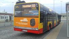 Autobus Solaris Urbino 18 na linii 723 na pętli Żerań FSO