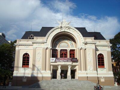 Saigon-opera-house-ho