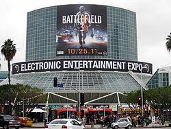 250px-E32011