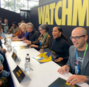 Autograph Signing Watchmen NYCC 2019 06