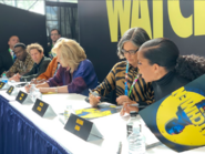 Autograph Signing Watchmen NYCC 2019 02