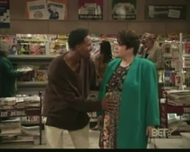 WB 2x4 - Marlon insults heavy set woman