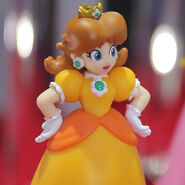 Daisy amiibo close up