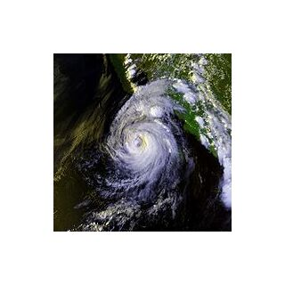 Image of Hurricane Lester from late August 1992.