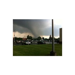 Supercell Thunderstorms Are Caused By High Humidity And High Temperatures, Supercells Can Spawn Tornadoes.