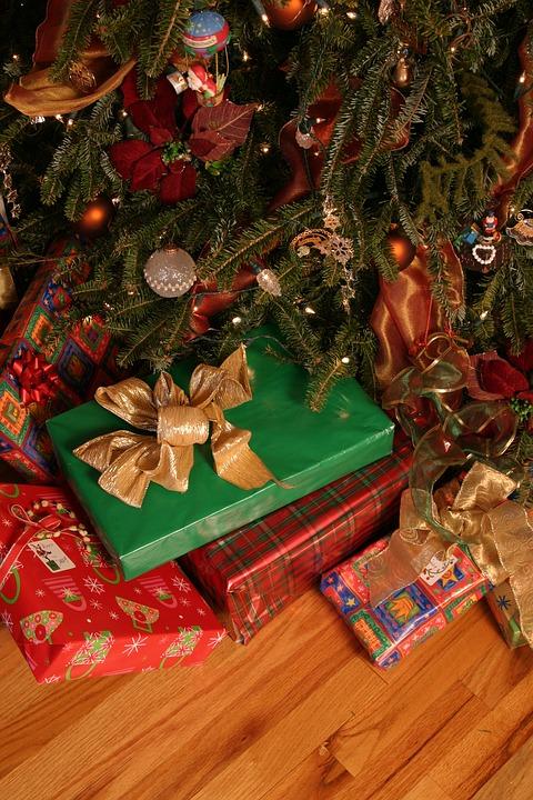 Frohe Weihnachten Wikipedia.White Elephant Spiel Weihnachts Wiki Fandom Powered By