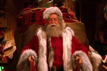 David Huddleston as Santa Claus Santa Claus (1985)