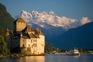 Suisse-montreux-chateau-chillon1
