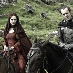 Król Stannis i Melisandre.