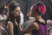 Angela Sarafyan as Clementine, Thandie Newton as Maeve ..
