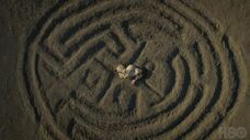 HBOs-Westworld-Season-1-the-maze-1-670x376