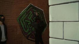 3x06 maze graffiti