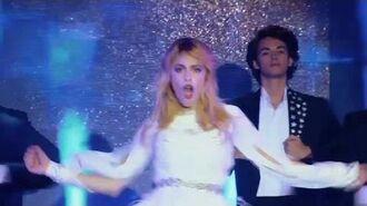 "Violetta canta ""Destinada a Brillar"" (Show) (HD)"