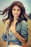 Selena-gomez-cover-story-07-enlarged
