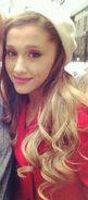 Ariana-Grande-Blonde