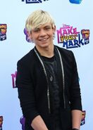 Ross-Lynch-Make-Your-Mark-Shake-It-Up-Dance-Off-2012-ross-lynch-32506042-429-600