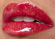 Mac-in-high-def-resolutely-red-with-clear-gloss-and-gold-glitter